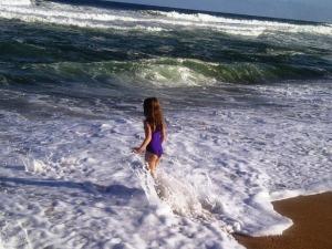 Neve in the ocean